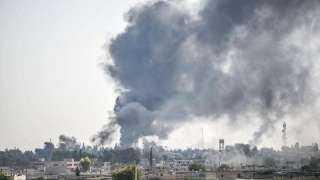 احتدام المعارك شمالي سوريا وسط نزوح الآلاف