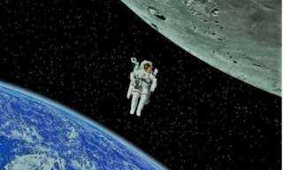 روسيا:  تبحث في الفضاء عن حقيبة لـ«رائدة أمريكية»