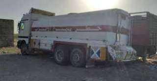 ضبط عصابة لتهريب النفط إلى ميليشيا الحوثي في الساحل الغربي